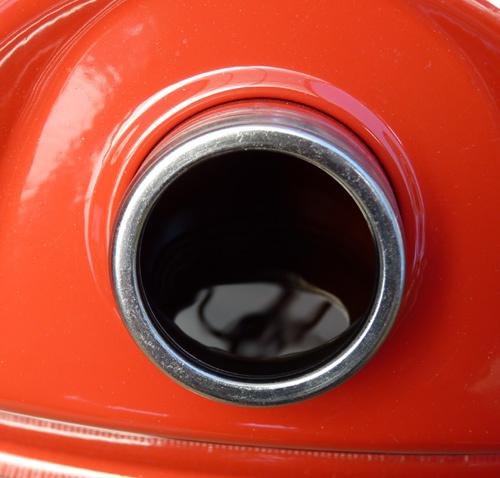 03gasoline_open.jpg